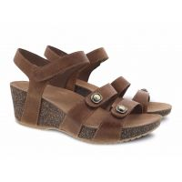 Dansko Savannah Tan Waxy Burnished Comfort Adjustable Strap Womens Sandals 3422-150300