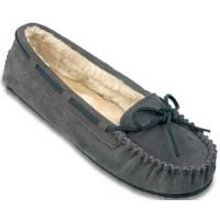 4015 Suede Cally Slipper Pile Lining Minnetonka Moccasins Womens Shoes