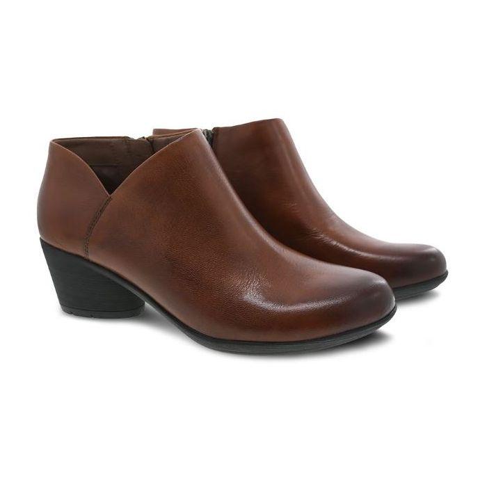 New DANSKO Women/'s Raina Chestnut Burnished Calf Leather Boots 3813690200