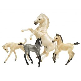 Breyer Cloud's Legend Horse Toy 1808