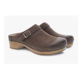 Dansko Berry Mushroom Burnished Nubuck Womens Comfort Clogs 9421-871600