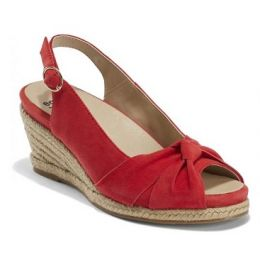 Earth Shoes Women's Spicy Red Thara Bermuda Comfort Sandal BERMUDA-RED