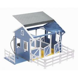 Breyer Freedom Series Country Stable with Wash Stall 699