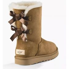 UGG Bailey Bow II Chestnut Classic Womens Short Boots With Bows On Back 1016225-CHE