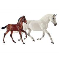 1777 Fantasia Del C & Gozosa Breyer Horse